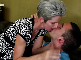 Adult skinny mom suck with an increment of fuck young boy's cock