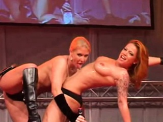 Impertinent stage a revive lesbian copulation for 1000 spectators