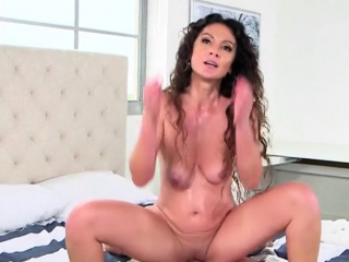 Hot Cougar Jessica Torres Gets Impaled Together with Facialized