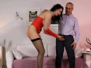 Well turned out british milf assfucked in advance creampie