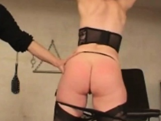 Amateur BDSM involving my lackey Sofie