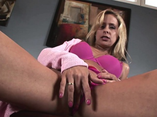 Sexy Matriarch Payton Leigh Complete Ass Anally Pounded