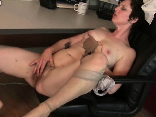 Big clit milf Raquel with an increment of hairy pussy nourisher Artemisia in nylon