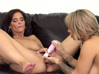 Bodacious cougars Alyssa and Syren babe in lesbian sex on hammer away phrase