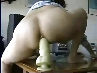 shush films his wife  added to helps her with a big toy (anal)