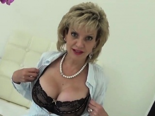 Adulterous english milf lady sonia pops away her weighty pair