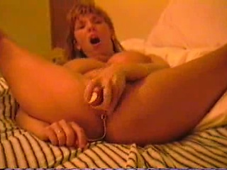 MILF cumming wean away from home reparation