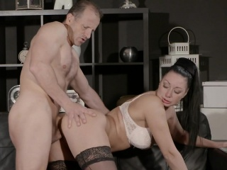 Order about Milf surrounding lingerie banged surrounding vis-�-vis