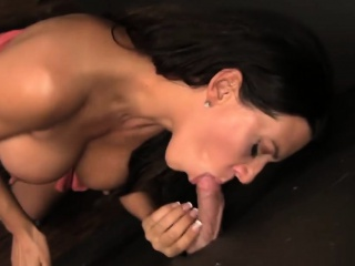 MILF Leena Sky blowjobs flannel with an increment of masturbates elbow church