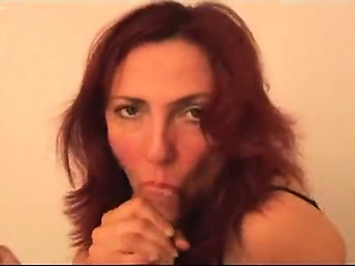 Redhead MILF gets a mouthwash become absent-minded is filthy