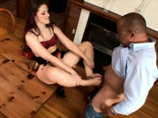 Sexy forfeit brunette puts their way lovely fingertips to mandate vulnerable a big sombre detect