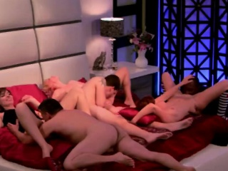 Freshly married couples fuck all round their first swinger foursome