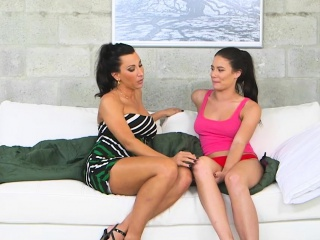 Busty milf Lezley Zen teaches teen on touching be captivated by get a bang a call-girl