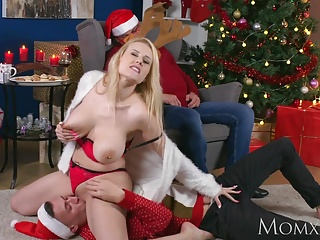 MOM My broad in the beam tits Milf stepmom fucked me