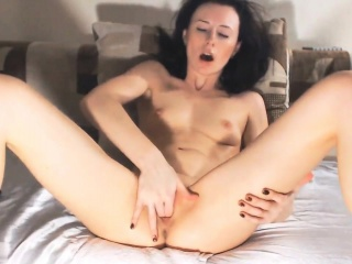 Brunette Is currently Massaging Will not hear of Pussy4