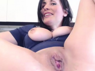 Fabulous Milf Squirting Roughly