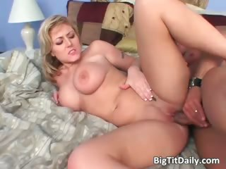 Busty blonde slut gets that wet meaty part6