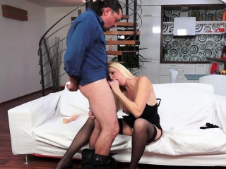 Perfect mature gets fucked after dependence