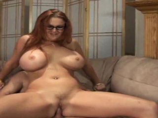 MILF with glasses gets her wet cunt tamed by a ripped hunk