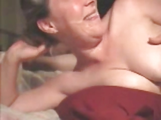 Amateur wife: deepthroat and facial makes her happy.
