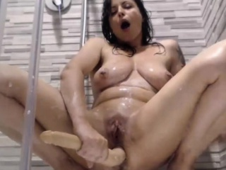 Concupiscent Milf Fucks Her Hellacious Ass With A Dildo