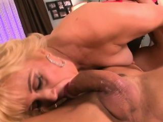 Small boobs milf blowjob with facial