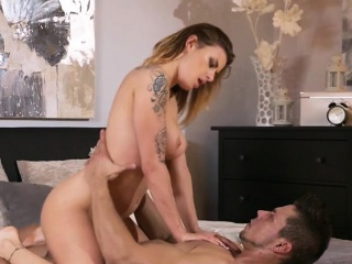 Chesty MILF Billie Star Gets Fucked Plus Creamed