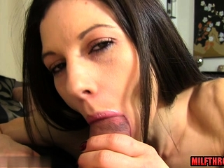 Broad in the beam special mom pov close to cumshot