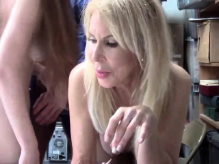 Hidden eavesdrop caught xxx After a long time argument occurred, grandmother h