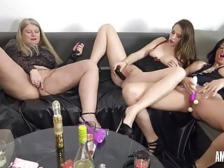 RosellaExtrem: Bad girls evening with an increment of dildo party!