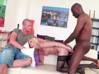 Mature Tie the knot Scarlet Mika Fucks Black Guy