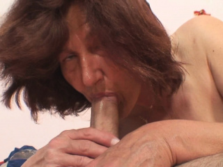 Horny aged mother-in-law soon to border on ride his load of shit