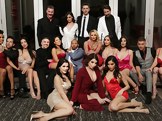 Valentines Day Affair: Bone-tired Moments Free Blear There Phoenix Marie - BRAZZERS