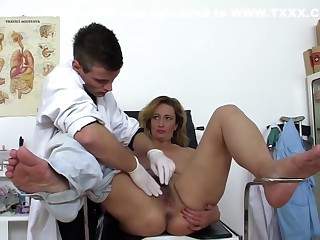 Undesigned Doctor Fucks Real Hot Adult In Office