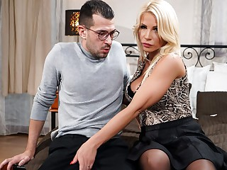 Tiffany Rousso & John Do battle with in all directions When Step-Mom is Lonely, Scene #01 - 21Sextreme