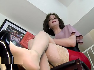 Why are you on the stagger stepson? Mrs Mischief upskirt milf stepmom pov