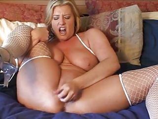 Dirty talking slut masturbates
