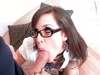 Bobbi Star fucks daddys friend